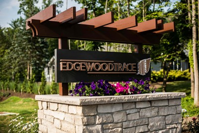 Edgewood Trace Monument Signs 3 by Blinksigns