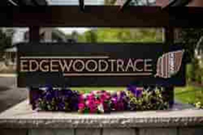 Edgewood Trace monument signs 4 by Blinksigns