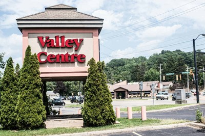 Valley Centre using channel letters and pylon signs