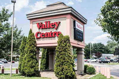 Valley Centre channel letters and pylon signs by BlinkSigns