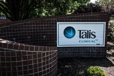 Tails Clinical digitally printed logo by BlinkSigns