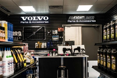 Volvo embedded LED signs | blinksigns