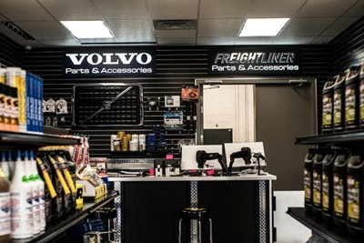 Volvo embedded LED signs by blinksigns