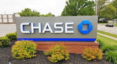 Monument sign for Chase Bank by blinksigns