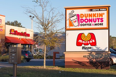 Marco's pizza uses BlinkSigns for exterior signage