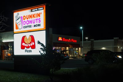 Marco's pizza uses BlinkSigns channel letters for exterior signage