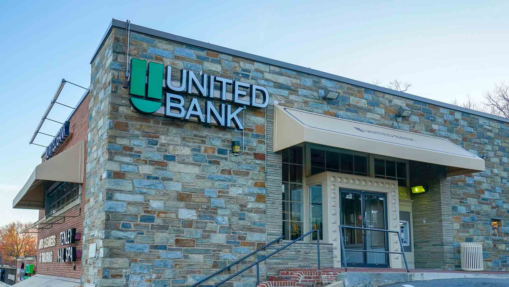 United Bank Using Bank Signs Atm Signs Amp Channel Letters
