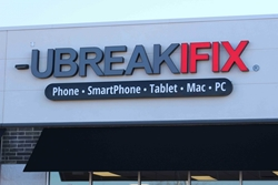 Exterior signage for retail signs by BlinkSigns