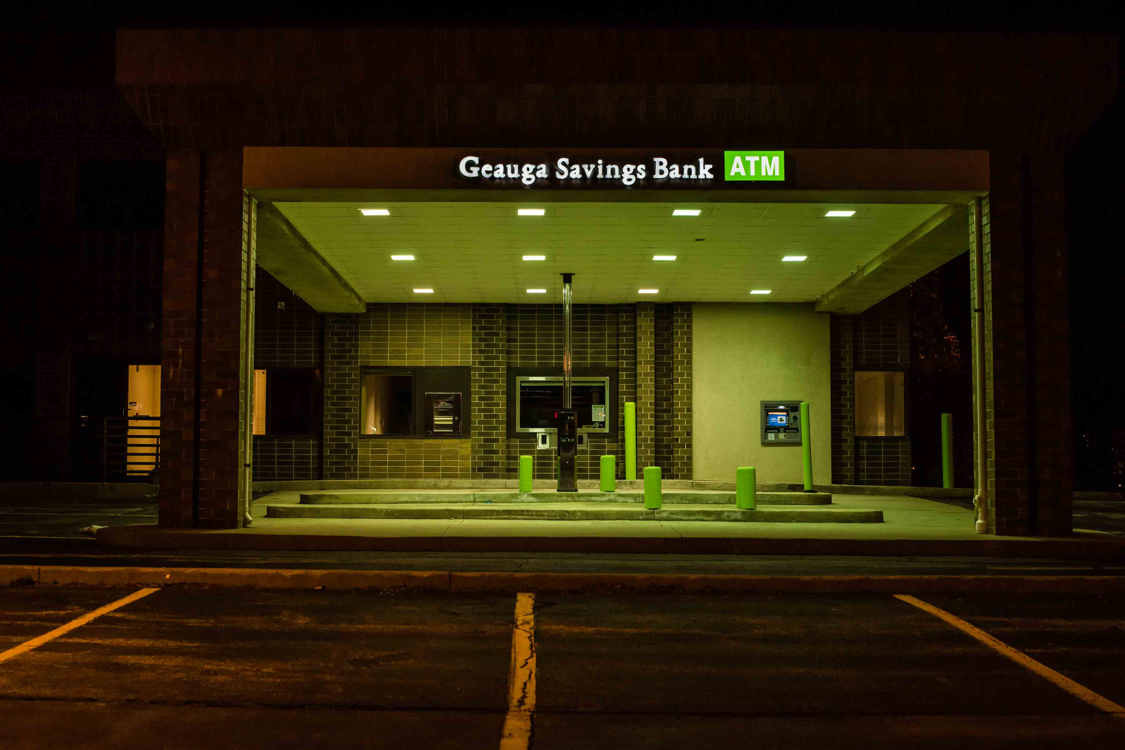 Geauga Savings Bank Using Bank Signs Atm Signs Amp Monument