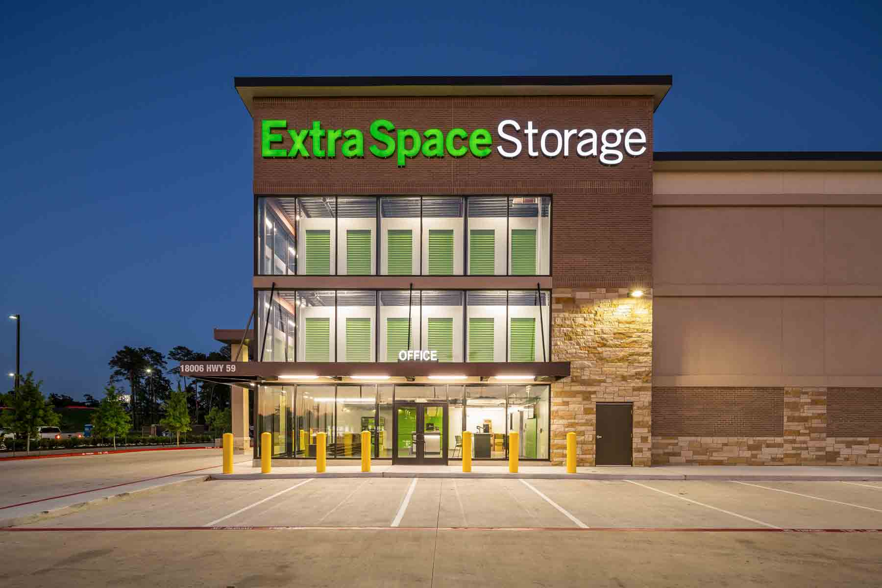 Extra Space Storage Using Self Storage Signs Channel