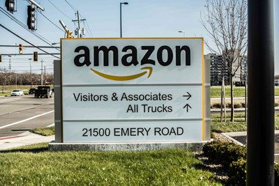 Monument Sign of Amazon by Blinksigns