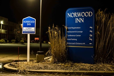 hotel signs northwood inn by blinksigns